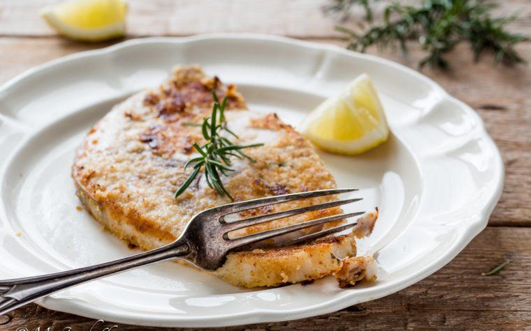Pesce spada marinato limone e rosmarino in padella