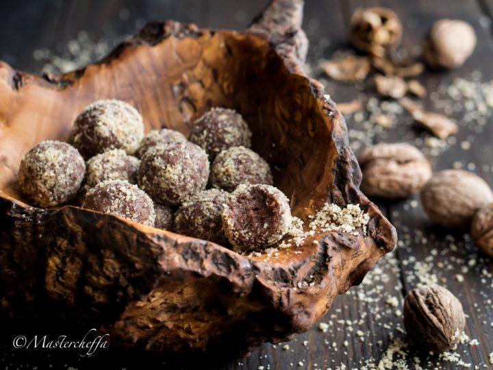 Tartufini noci e cioccolato - ricetta facile senza cottura