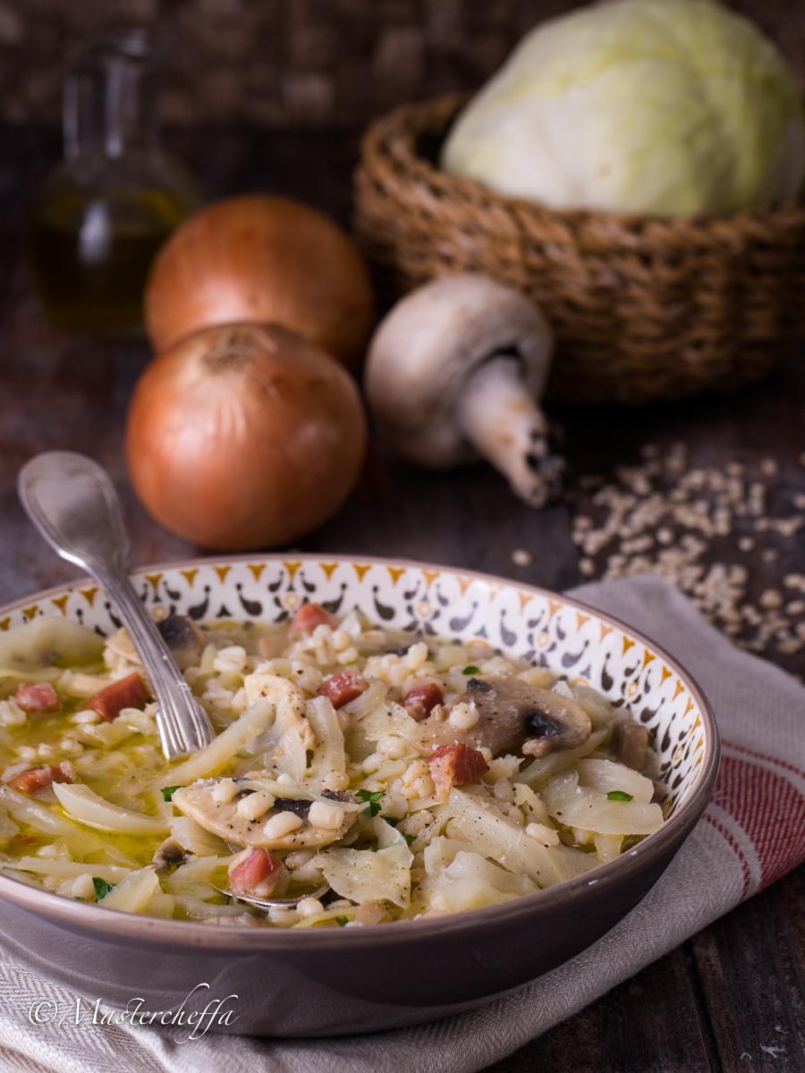Zuppa di orzotto contadina