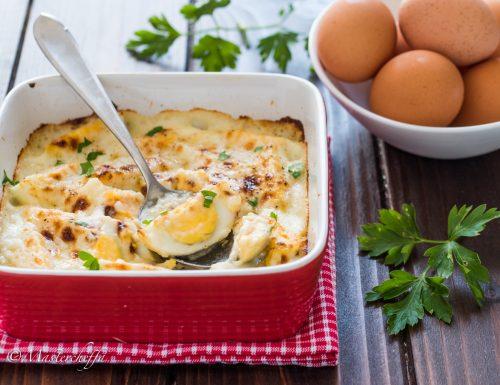 Uova sode al forno gratinate