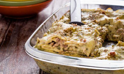 Lasagne zucchine, salsiccia e noci
