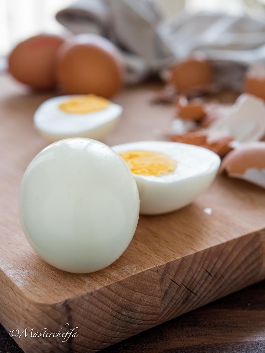 Come sgusciare le uova sode senza romperle