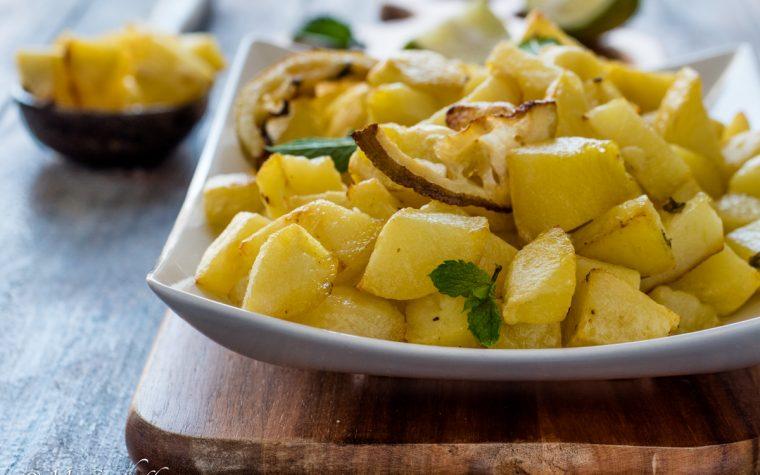 Patate limone e menta al forno
