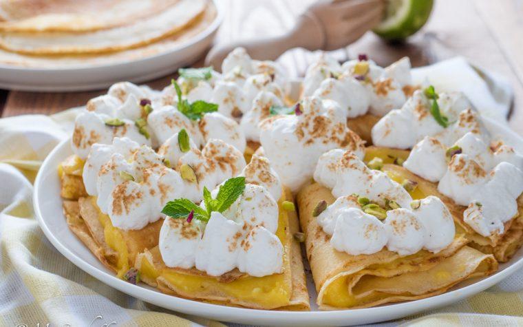 Torta di crepes al limone meringata