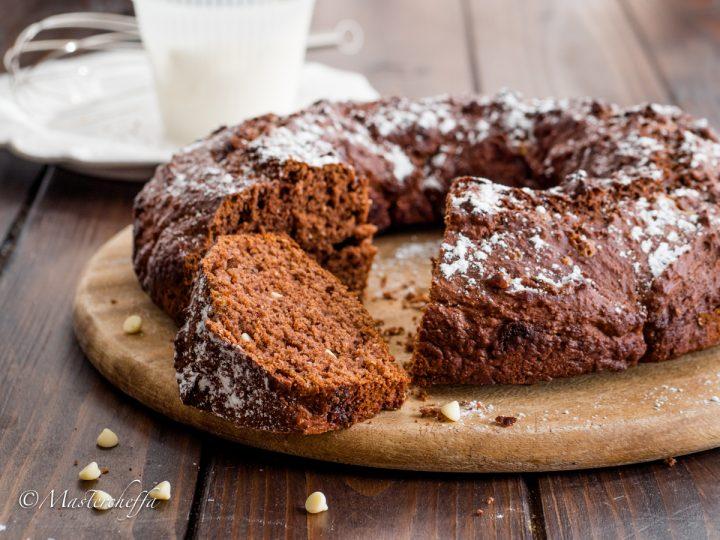 Ciambella di ricotta al cacao e gocce di cioccolato bianco
