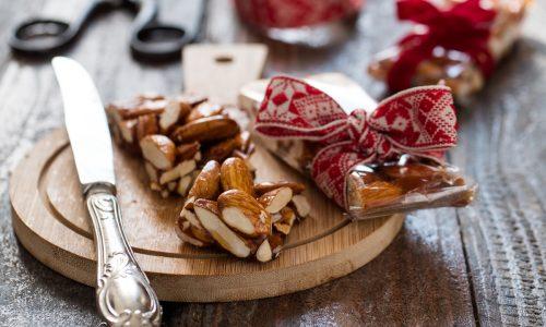 Torrone al miele e mandorle - ricetta siciliana