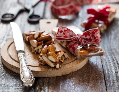 Torrone al miele e mandorle – ricetta siciliana