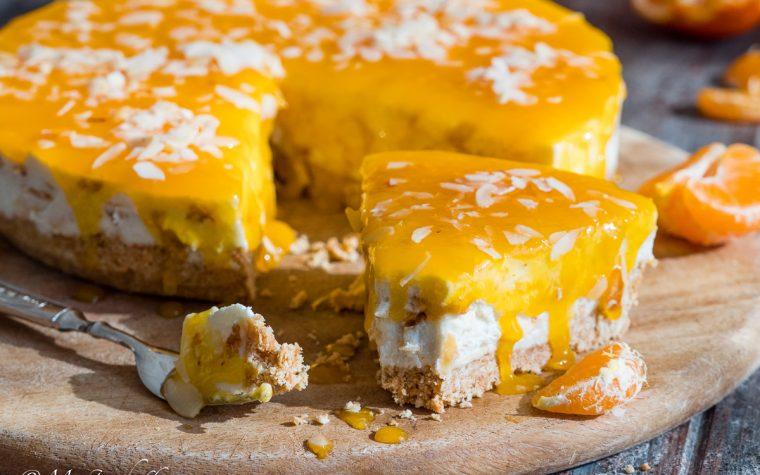 Cheesecake al mandarino con mandorle caramellate