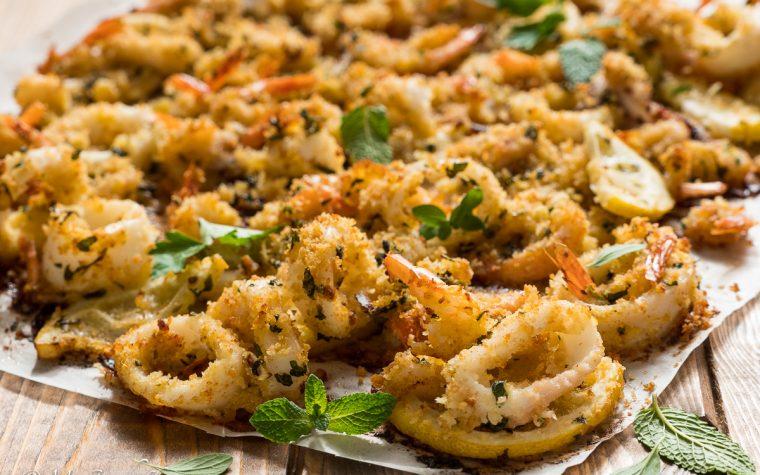Gamberi e calamari gratinati al forno