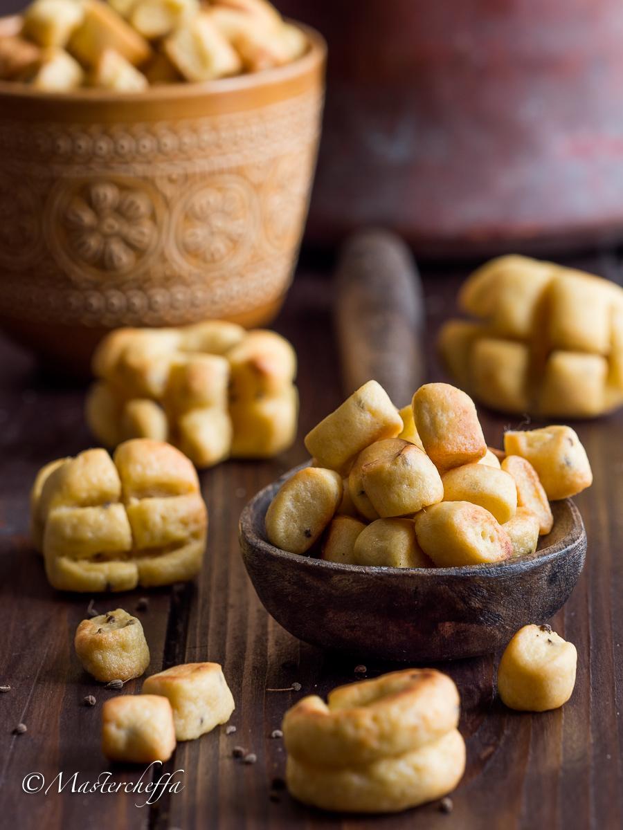 Biscotti bolliti ragusani (biscotti scaurati)