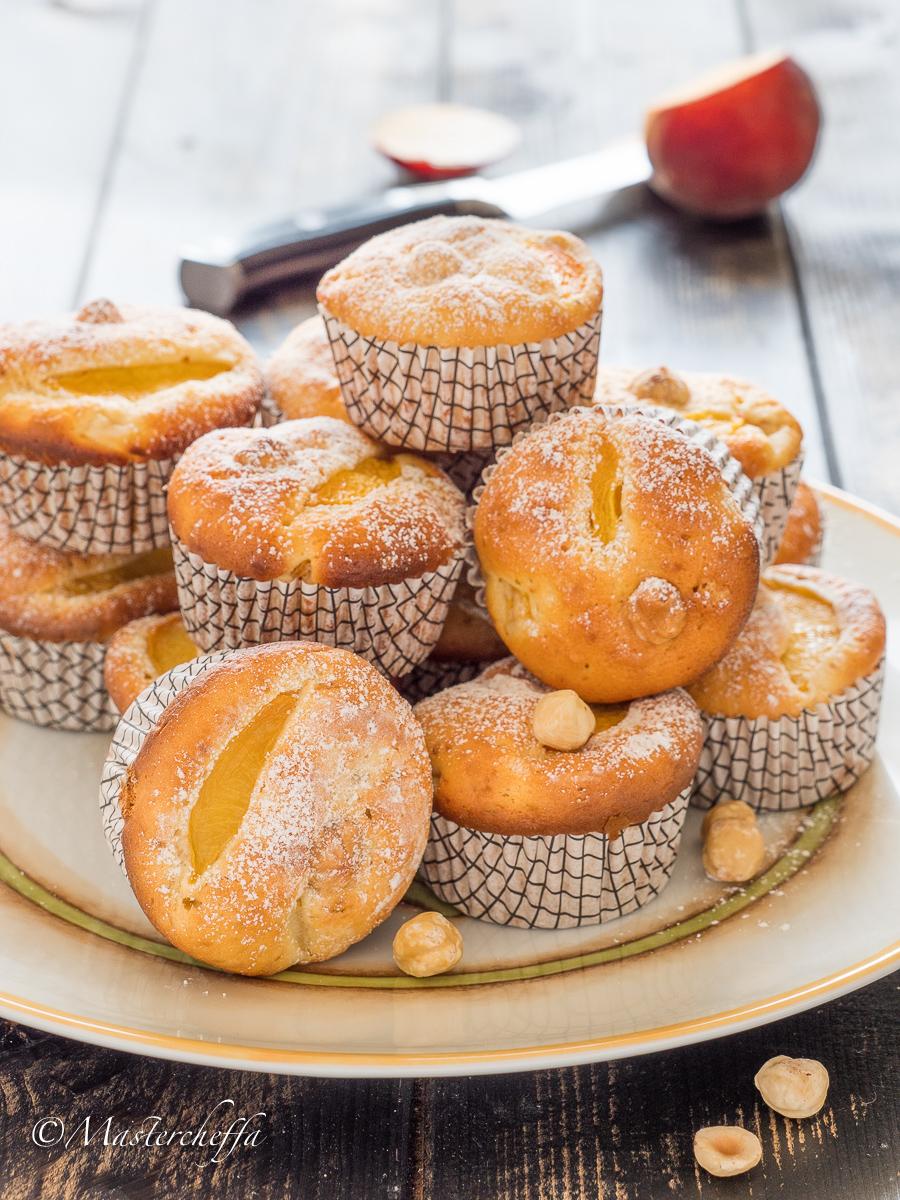 Muffin alla pesca con nocciole senza burro-2