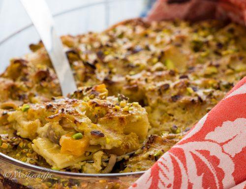 Pasta al forno zucca, funghi e pistacchi