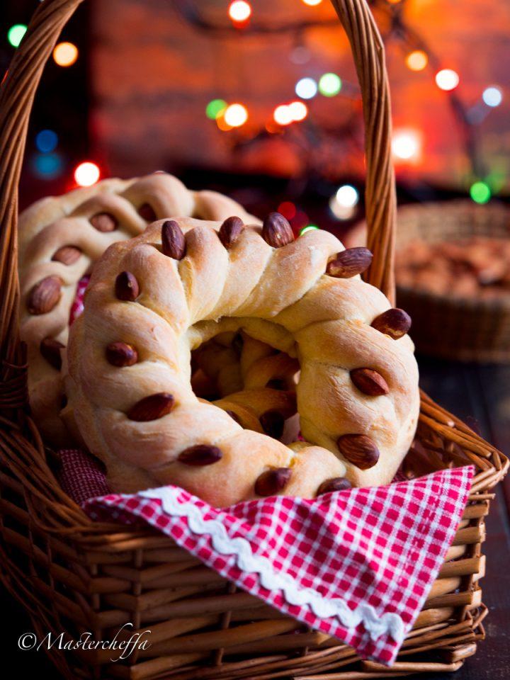 Cuccidati di pane - ricetta siciliana tradizionale