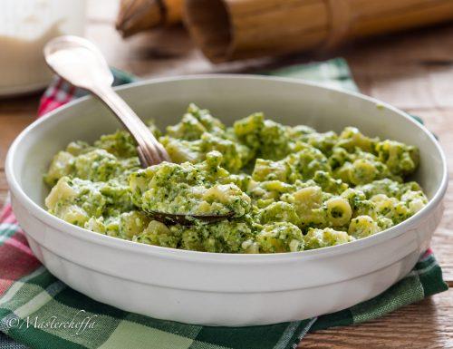 Pasta broccoli e ricotta (pasta scamuzza e ricotta)