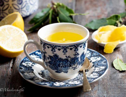 Come fare l'acqua canarina, il digestivo della nonna