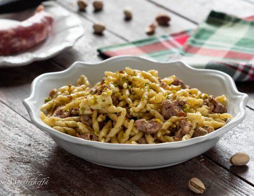 Trofie salsiccia e granella di pistacchi