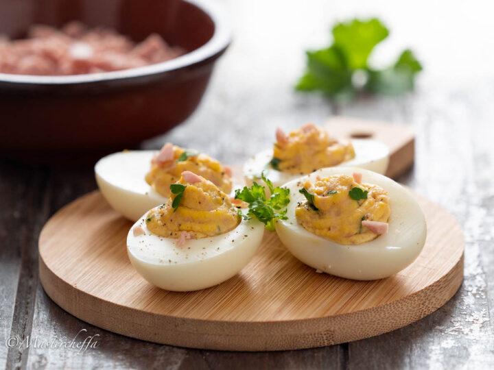 Uova al prosciutto