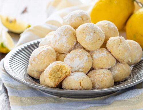 Biscotti al limone morbidi e zuccherosi