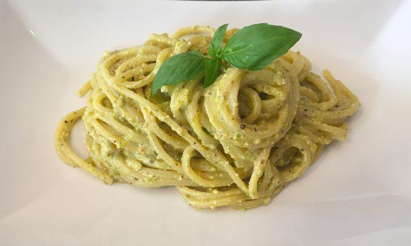 Spaghetti al Pesto di Pistacchi