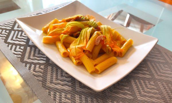 Rigatoni Fiori di Zucca e Pancetta