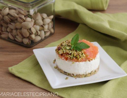 Mini cheesecake salmone e pistacchio