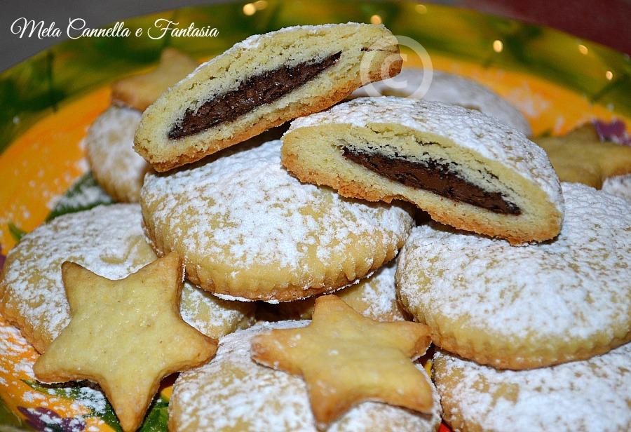 biscotti pasta frolla e nutella
