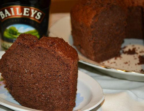 Chiffon cake al Baileys