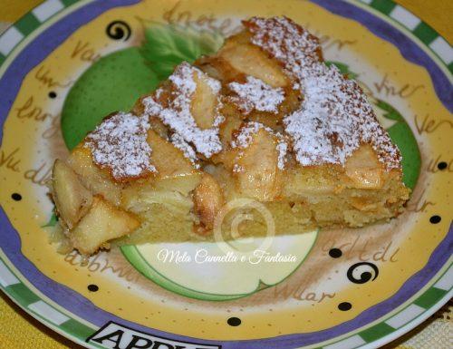 Torta di mele con mandorle e cannella