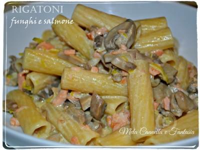 Rigatoni con funghi Champignon e filetti di salmone Norvegese affumicato