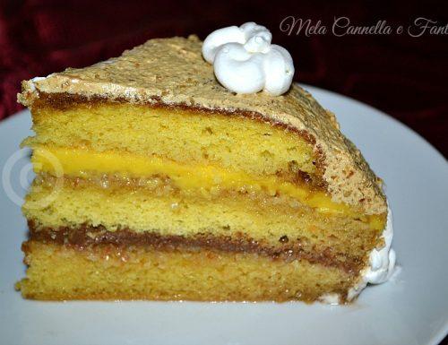 Torta moka con crema al cioccolato, pasta di mandorle e crema pasticcera (torta per compleanni)