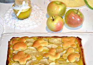 Crostata rustica, con marmellata di pesche, lemon curd e mele