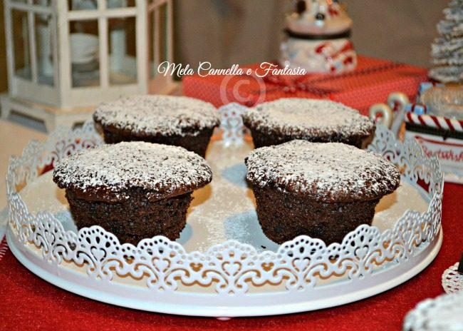 Muffins al cacao, con zest d'arancia e torrone nocciolato extra fondente