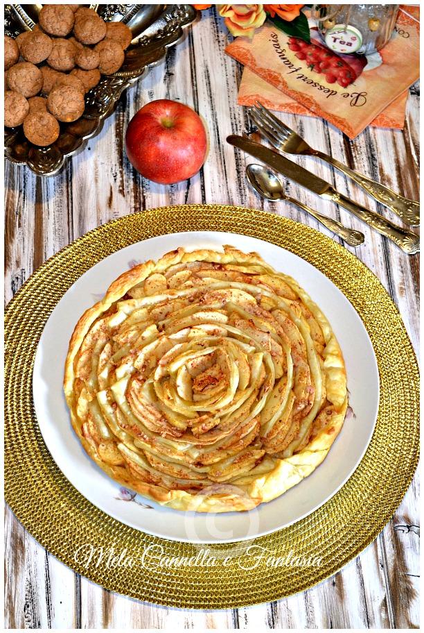 Spirale di mele, con marmellata e amaretti