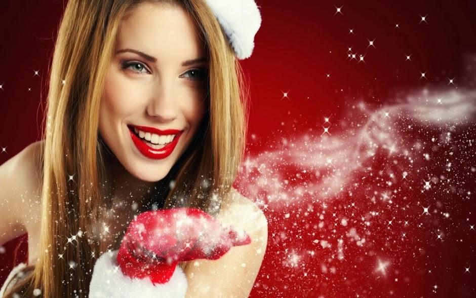 santa-girl-wallpaper-1024x640