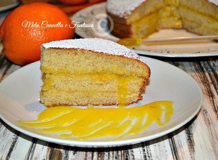 Torta con crema all'arancia senza uova