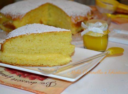 Torta con crema pasticcera all'arancia soffice e golosa