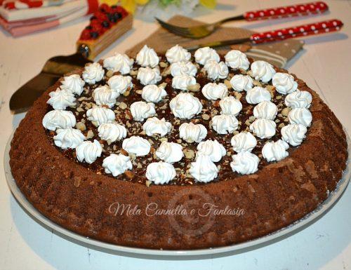 Crostata morbida Nutella panna e nocciole