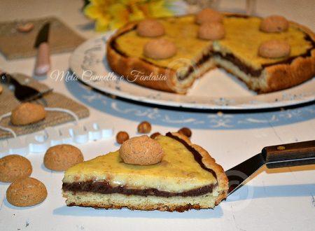 Crostata bicolore (crema gialla, crema al cioccolato e amaretti)