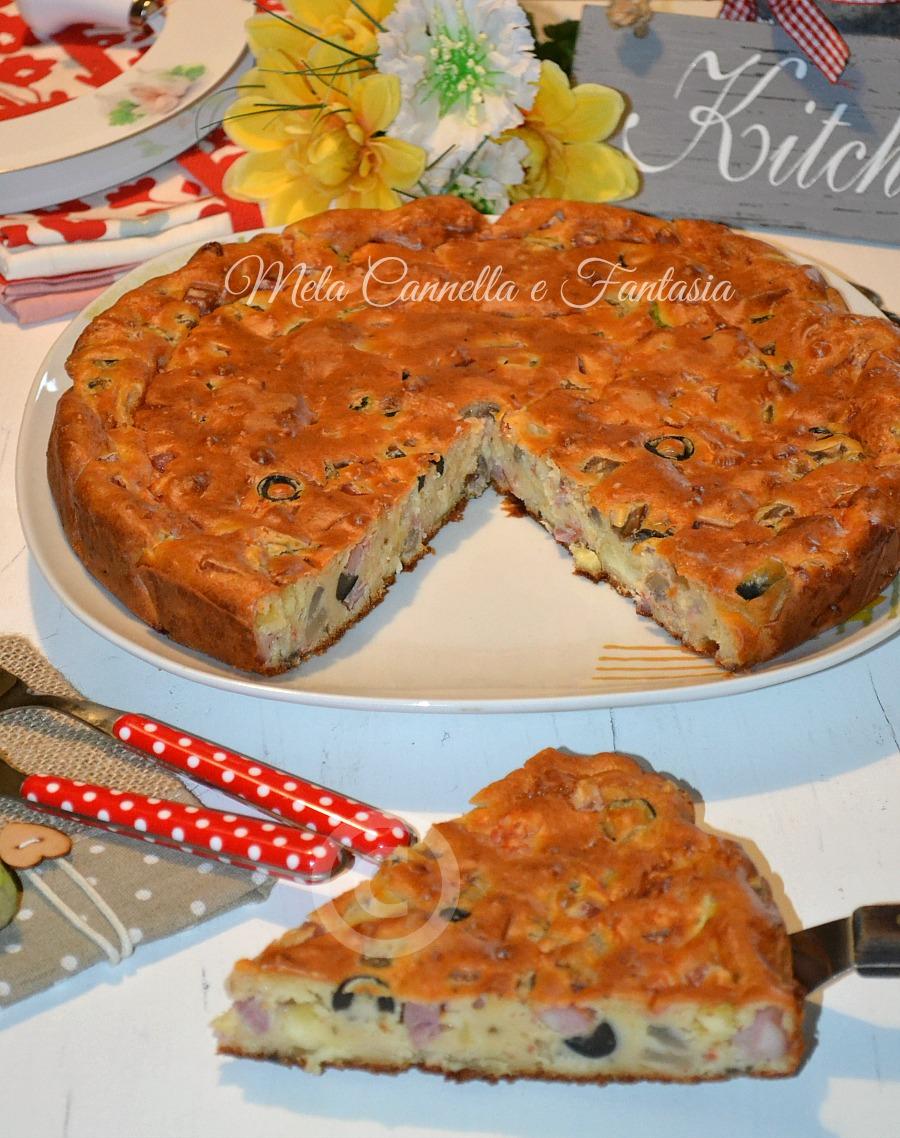 Torta salata mortadella, pomodoro e origano