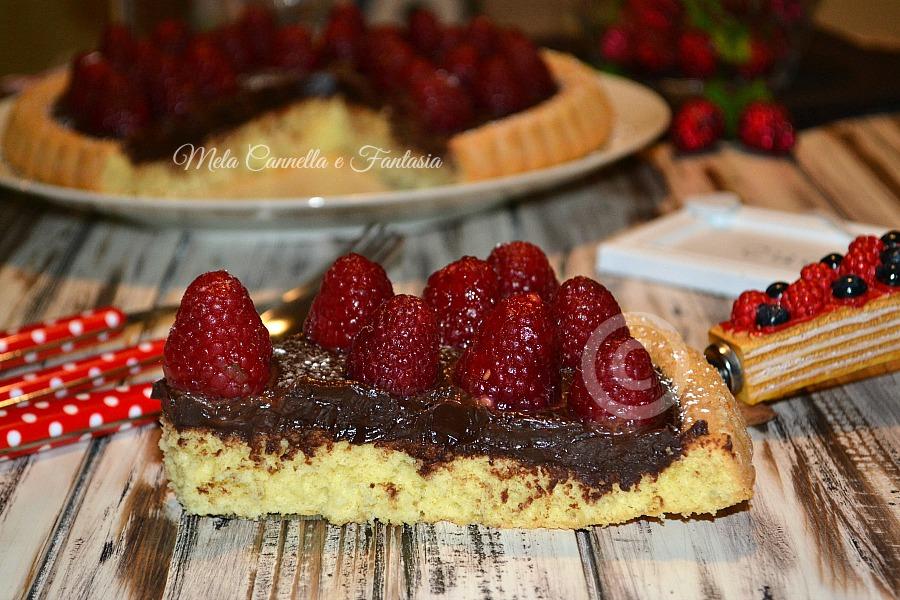 crostata morbida lamponi e cioccolato