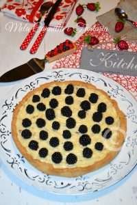 Crostata crema al limoncello e more