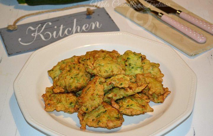 Frittelle di zucchine ricetta facile e veloce