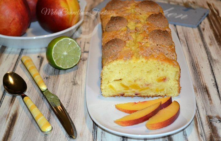 Plumcake pesche, lime e amaretti senza burro e latte