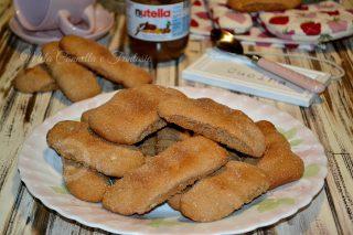 Biscottoni Nutella e nocciole - ricetta facile senza burro