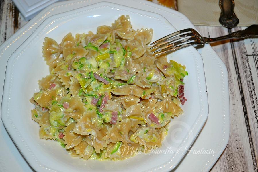Pasta zucchine speck