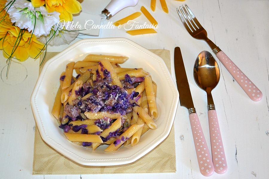 Pennette salsiccia e verza rossa - ricetta facile e veloce