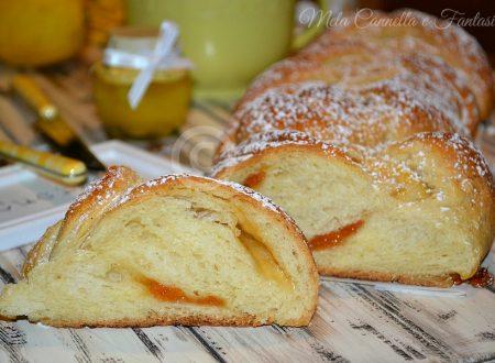 Treccia morbida con marmellata - ricetta senza burro