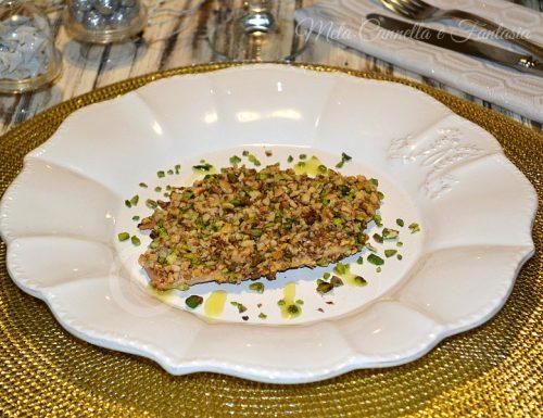 Pollo impanato con frutta secca, nocciole pistacchi e noci