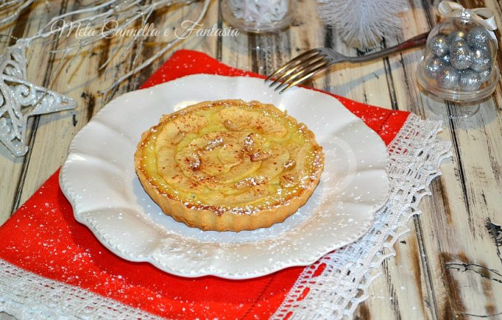 Crostatine mele crema e pinoli, con pasta frolla senza burro