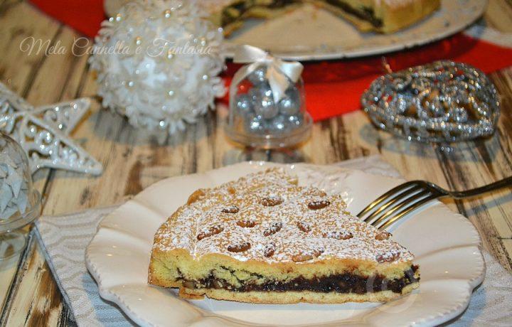 Torta uva nera mandorle e cioccolato, con frolla senza burro